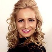 Chloe Yates