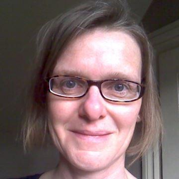 Dr Rosemary Stott