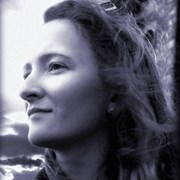 Tansy Kelly Robson