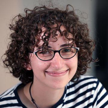 Ana Izabel Castanheira Paes