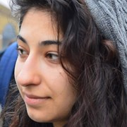 Emma Bayat